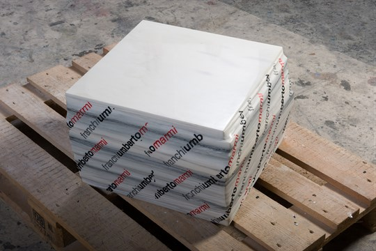 Make it yourself: Sealed Marble (46x30x46cm)